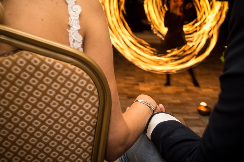 Esküvői Parázs Varázs Lobbanáspont Tűzzsonglőr Show